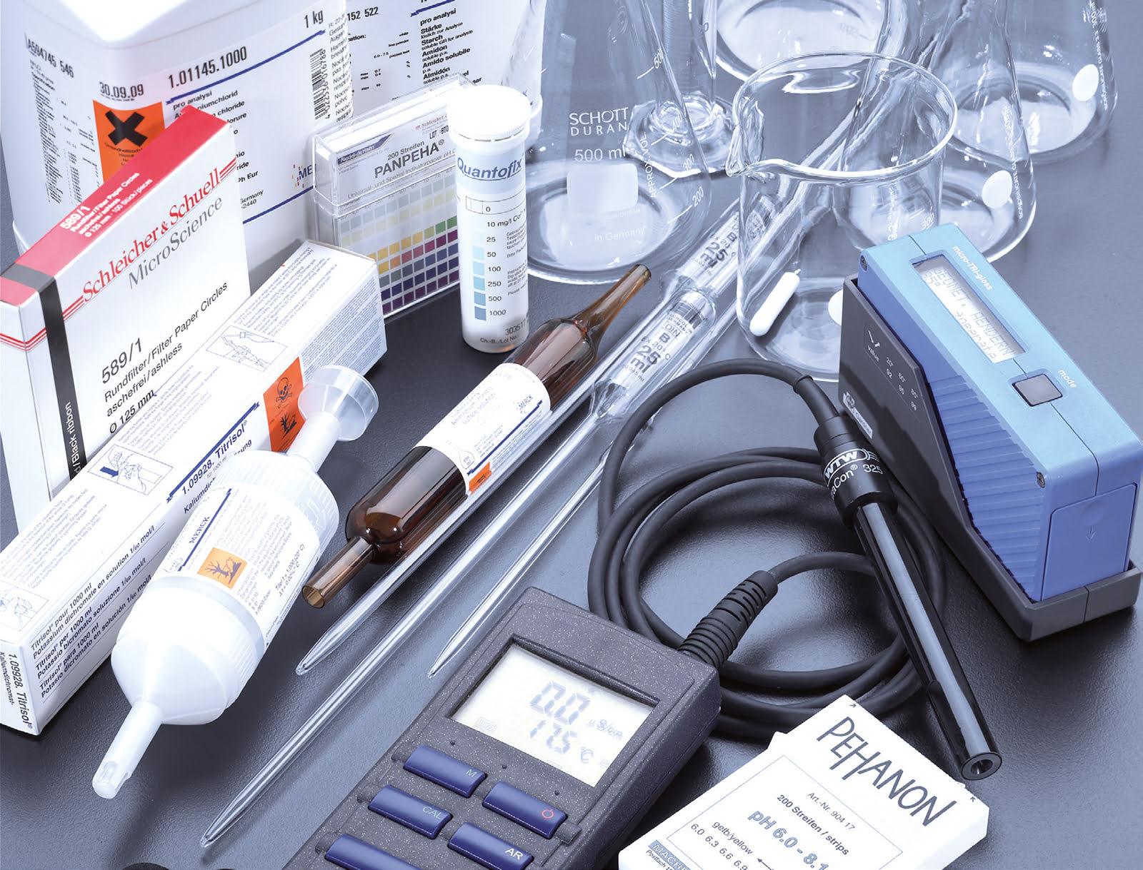 Laborgeräte, pH-Meter, Leitfähigkeit, Pipette, Kolben, Messzylinder, Labor, Test, Analyse